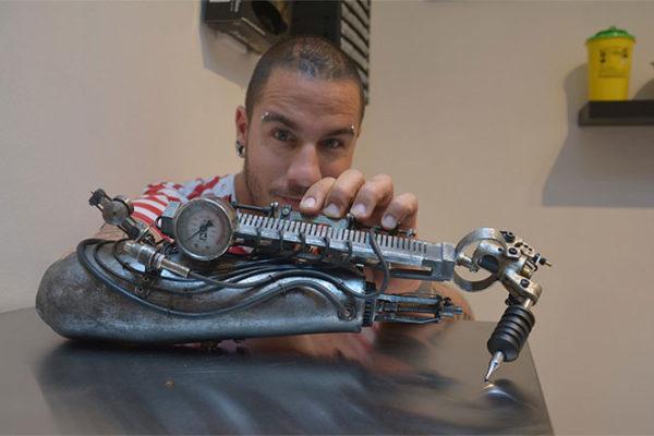 prosthetic-arm-tattoo-artist-jc-sheitan-tenet-jl-gonzal-2